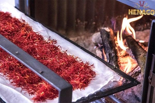 Bảo quản saffron ở nơi khô ráo